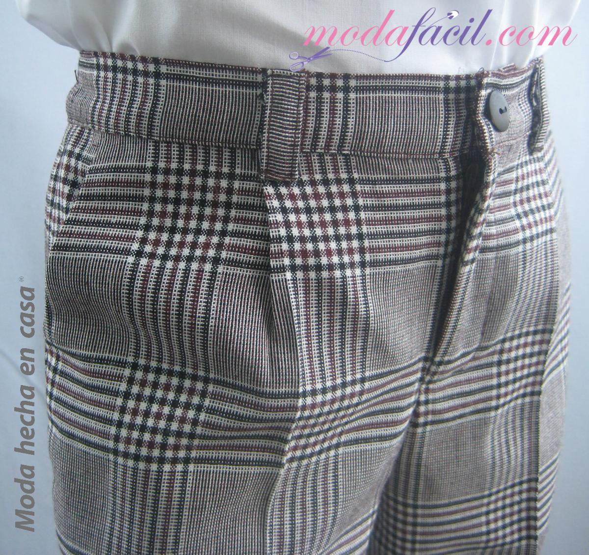 Patron de Costura de un Pantalon con Pliegue de Uniforme Escolar de Ninos  Modelo NI4011P cf9be3ded4d3